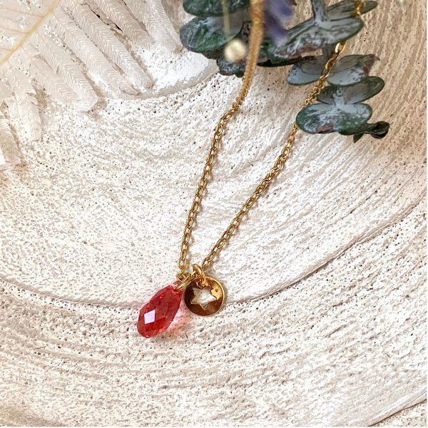 Les Bijoux de Carla – Colliers – Collier plaqué or avec goutte en cristal – Rouge