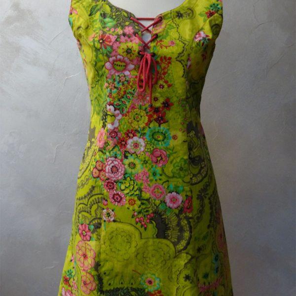 Robe chasulable fleurie
